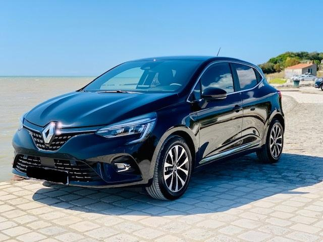 photo  RENAULT Clio TCe 100 / Intens